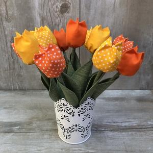Textil tulipán /szett: 12 db/ ingyen ajándékkísérővel, Csokor & Virágdísz, Dekoráció, Otthon & Lakás, Varrás, Egyedi textil TULIPÁNOK eladók. \n\nA csokor 12 szál tulipánt tartalmaz:\n- 3 sárga\n- 3 narancs\n- 3 sár..., Meska