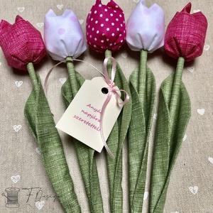 Anyák napi textil tulipánok / szett: 5 db/ ingyen ajándékkísérővel, Otthon & Lakás, Csokor & Virágdísz, Dekoráció, Egyedi textil TULIPÁNOK eladók.   A csokor 5 szál tulipánt tartalmaz rózsaszín árnyalatokban.  Gyöny..., Meska
