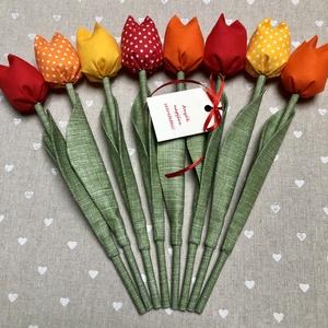 Anyák napi tulipán csokor /szett: 8 szál/ ingyen ajándékkártyával (FDesignbyFruzsina) - Meska.hu