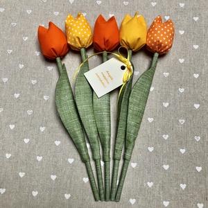 Anyák napi textil tulipánok / szett: 5 db/ ingyen ajándékkísérővel, Csokor & Virágdísz, Dekoráció, Otthon & Lakás, Varrás, Egyedi textil TULIPÁNOK eladók. \n\nA csokor 5 szál tulipánt tartalmaz sárga-narancssárga árnyalatokba..., Meska