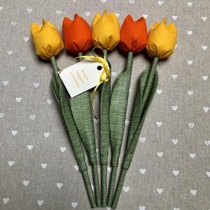 Anyák napi textil tulipánok / szett: 5 db/ ingyen ajándékkísérővel, Otthon & Lakás, Csokor & Virágdísz, Dekoráció, Egyedi textil TULIPÁNOK eladók.   A csokor 5 szál tulipánt tartalmaz sárga-narancssárga árnyalatokba..., Meska