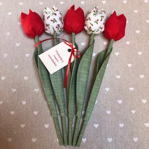 Pedagógus napi tulipán csokor /szett: 5 szál/ ingyen ajándékkártyával, Otthon & lakás, Dekoráció, Varrás, Egyedi textil TULIPÁNOK eladók. \n\nA csokor 5 szál tulipánt tartalmaz piros és ekrü árnyalatokban.\n\nG..., Meska