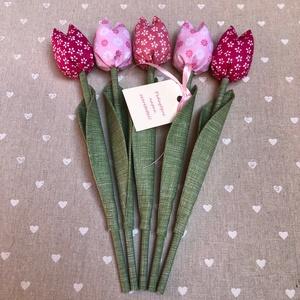 Pedagógus napi tulipán csokor /szett: 5 szál/ ingyen ajándékkártyával, Otthon & lakás, Dekoráció, Varrás, Egyedi textil TULIPÁNOK eladók. \n\nA csokor 5 szál tulipánt tartalmaz rózsaszín árnyalatokban.\n\nGyöny..., Meska