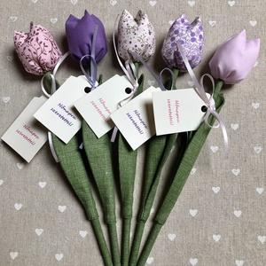 Nőnapi textil tulipánok / szett: 5 db/ ingyen ajándékkísérővel, Otthon & Lakás, Dekoráció, Csokor & Virágdísz, Egyedi textil TULIPÁNOK eladók.   A csokor 5 szál tulipánt tartalmaz.  Gyönyörű dísze lehet otthonun..., Meska