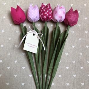 Születésnapi textil tulipánok / szett: 5 db/ ingyen ajándékkísérővel, Otthon & Lakás, Dekoráció, Csokor & Virágdísz, Varrás, Egyedi textil TULIPÁNOK eladók. \n\nA csokor 5 szál tulipánt tartalmaz.\n\nGyönyörű dísze lehet otthonun..., Meska
