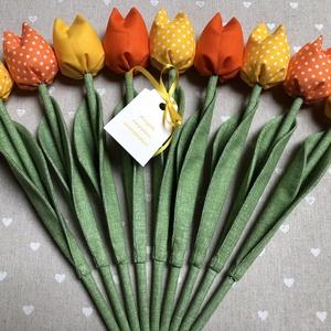 Anyák napi textil tulipánok / szett: 9 db/ ingyen ajándékkísérővel, Otthon & Lakás, Dekoráció, Csokor & Virágdísz, Varrás, Egyedi textil TULIPÁNOK eladók. \n\nA csokor 9 szál tulipánt tartalmaz.\n\nGyönyörű dísze lehet otthonun..., Meska
