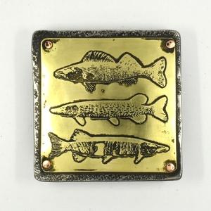 Bőr öv,horgász övcsat, halak, Férfiaknak, Öv, övcsat, Steampunk ajándékok, Horgászat, vadászat, Ötvös, Erős, vastag, nehéz, tartós, férfias...és acél. Nincs belőle két egyforma.\nA bőr 3,5 centi széles, o..., Meska