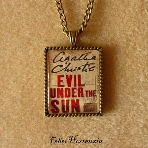 Agatha Christie: Nyaraló gyilkosok, nyaklánc (bronz), Ékszer, Medálos nyaklánc, Nyaklánc, Ékszerkészítés, Meska