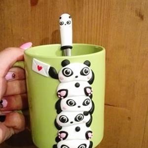 Panda, kicsi a rakás bögre szett, Konyhafelszerelés, Otthon & lakás, Bögre, csésze, Egyéb, Gyurma, Minden bögréhez jár egy ajándék kiskanál,hogy teljes legyen a reggeli tejeskávé vagy esti kakaó elsz..., Meska
