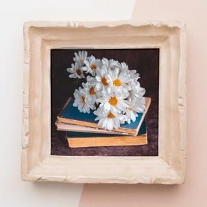 VIRÁGOK A KÖNYVEKEN II., vászonkép, vakrámára feszítve leírása, Otthon & Lakás, Dekoráció, Kép & Falikép, Fotó, grafika, rajz, illusztráció, Közeledik az Anyák napja! A mostani időkben sajnos keveset találkozunk a szeretteinkkel, arra gondol..., Meska