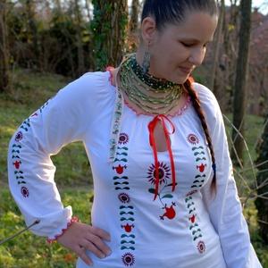 Csángó Fehérnép szalagos blúza - fehér HU, Magyar motívumokkal, Táska, Divat & Szépség, Női ruha, Ruha, divat, Hímzés, Varrás, Hosszú évekig vágytam egy csángó keresztgyermekre, de mindig latolgattam, halogattam...majd ráleltem..., Meska