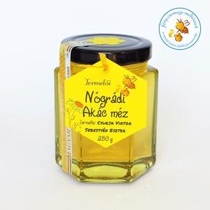 nógrádi akác méz, Méz, Kulinária (Ízporta), Élelmiszer előállítás, a földrajzi származás szerinti megkülönböztetésnek azért van jelentősége, mert hasonló botanikai ere..., Meska