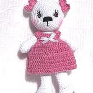 Maci kislány pink ruhás amigurumi, Gyerek & játék, Otthon & lakás, Dekoráció, Játék, Dísz, Hímzés, Horgolás, Ez a Bájos kis maci 23 cm magas, minőségi fehér és pink színű Muskat 100% pamut fonalból készült.\nA ..., Meska