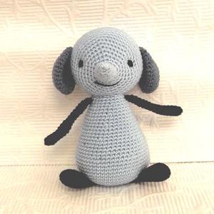 Amma elefánt 1-horgolt elefánt  mesefigura, Elefánt, Plüssállat & Játékfigura, Játék & Gyerek, Hímzés, Horgolás, Amma, a Bing meséből, ihlette ezt a figurát.\n \nSzeme kézi hímzésű.\nMagassága  15 cm \n\nAnyaga:  Catan..., Meska