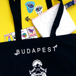 'Menyecske' -Budapest shoppingoló, bevásárló táska- fekete, NoWaste, Elkészült sok sok érlelés után a legújabb mintám. Összeválogattam a kedvenc motívumaimat és szimbólu..., Meska