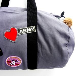 \'LOVE army\'  szaladgálós/ sportos/ mindennapra/bevásárló/válltáska, Sporttáska, Biciklis & Sporttáska, Táska & Tok, Varrás,  100 % pamut táska pamut pánttal, összepatentolható pántfogóval . Neutrális, hamuszürke/  világos gr..., Meska