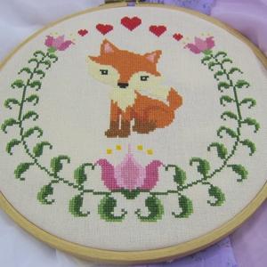 Keresztszemes minta / Cross stitch pattern, Egyedi tervezésű keresztszemes minta.\n\nAnyag: 32 ct-os Zweigart Murano Lugana anyagra, DMC fonalakka..., Meska