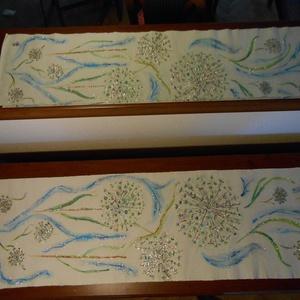 Hagymavirág kék fellegekkel, kézzel  festett egyedi terítő., Képzőművészet, Otthon & lakás, Textil, Lakberendezés, Terítő, Lakástextil, Festészet, Festett tárgyak, Hagymavirágok kék fellegekkel egyedi kézzel festett terítő.A termék azonnal elvihető.Ennél a festmén..., Meska