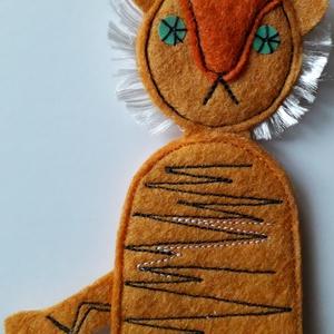 ujjbáb tigris, Játék & Gyerek, Bábok, Ujjbáb, Baba-és bábkészítés, Varrás, A báb filcből készült, főleg az óvodás korosztály kedveli, lehet gyűjteni is.\nmagassága:11cm\nszéless..., Meska