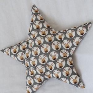 Rénszarvas Mintás Csillag Párna - Karácsonyi Csillag Párna - Csillag formájú párna - Rénszarvasos csillag párna , Otthon & Lakás, Karácsony & Mikulás, Karácsonyi dekoráció, Varrás, Rénszarvas mintás pamut anyagból készítettem ezt a csillag formájú párnát.  Puha poliészterrel tömte..., Meska