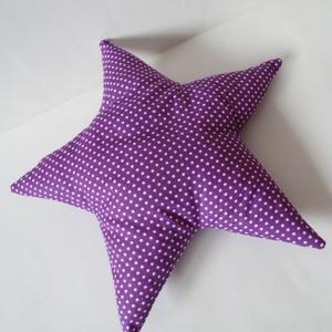 Lila fehér pöttyös Csillag Párna - Csillag formájú párna - Lila csillag párna - Forma párna - figura - gyerek párna, Otthon & Lakás, Lakástextil, Párna & Párnahuzat, Varrás, Lila alapon fehér pöttyös pamut anyagból készítettem ezt a csillag formájú párnát.  Puha poliészterr..., Meska