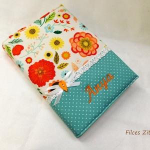 Anyák napjára - Virágos textil jegyzetfüzet -  pamut füzet borító- napló, Otthon & Lakás, Papír írószer, Jegyzetfüzet & Napló, Varrás, Patchwork, foltvarrás, Színes virágos amerikai pamut anyagokból varrtam ezt a naplót. Gépi hímzéssel bármilyen név kérhető ..., Meska