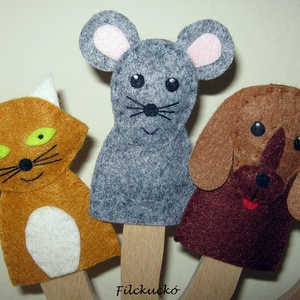 Filc ujjbáb csomag - Állatok a ház körül - mini csomag, Gyerek & játék, Játék, Báb, Készségfejlesztő játék, Baba-és bábkészítés, Varrás, 3 db-os környezetbarát filcből- kézzel készített ujjbáb csomag.\nA vörös cicánk szemét imádom. Elképe..., Meska