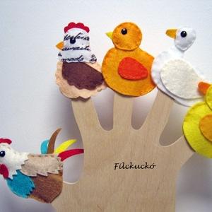 Filc ujjbáb csomag - A Baromfiudvar lakói 1., Báb készlet, Bábok, Játék & Gyerek, Baba-és bábkészítés, Varrás, 5 db-os, kézzel készített ujjbáb csomag.\nŐk a Baromfi udvar lakói.\n-Tyúkanyó és Kakas úr csibéjüket ..., Meska