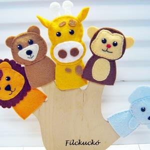 Filc ujjbáb csomag-Állatkerti cimborák ujjbáb tartóval, Játék & Gyerek, Bábok, Ujjbáb, Baba-és bábkészítés, Varrás, 5 db-os környezetbarát filcből- kézzel készített ujjbáb csomag.\nKitűnő játék hosszabb utazásokhoz. K..., Meska