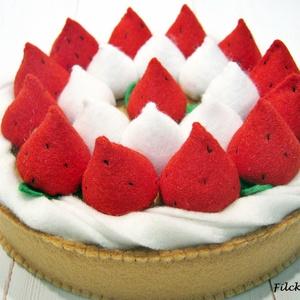 Epres-habos tortácska - filcből, Játék & Gyerek, Szerepjáték, Főzőcskézzünk? Sütünk sütit? Szereted az epret? A habos pitét? Vagy hívhatjuk tortácskának is. Szeri..., Meska