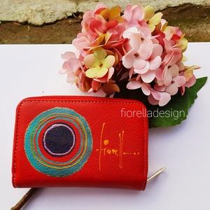 Pénztárca/ kicsi /piros, Táska & Tok, Pénztárca & Más tok, Pénztárca, Festett tárgyak, Kézzel festett pénztárca fiorella stílusban a mindennapokra. \nHa szereted egy helyen tartani készpén..., Meska