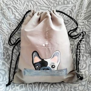Fiorella hátizsák /szürke bulldog, Táska & Tok, Bulldog mintát festettem erre a textil fiorella hátizsák- tornazsákra.  Tulajdonságok: A táska belül..., Meska
