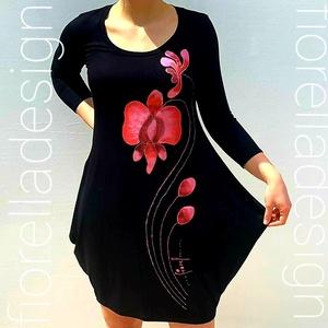 Fiorella àlzsebes / fekete ruha/  orchidea - lazac piros, Ruha & Divat, Női ruha, Ruha, Festett tárgyak, Varrás, Kézzel festett egyedi tervezésű fiorella ruha a mindennapokra, legyen szó munkahelyről, moziról, szí..., Meska