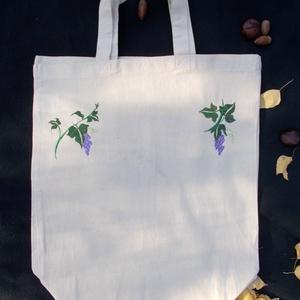 Szőlős hímzett bevásárló táska, Táska, Divat & Szépség, Táska, Szatyor, Hímzés, Natúr színű bevásárló táskára hímzett, az őszi lugas hangulatát idéző pamut táska, ami igazán környe..., Meska
