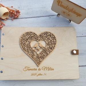 Esküvői vendégkönyv gravírozott fa fedlappal, Esküvő, Emlék & Ajándék, Vendégkönyv, Famegmunkálás, Elegáns, letisztult vendégkönyv, melybe biztosan szívesen ír útravaló jókívánságot a násznép.\n\nKét v..., Meska