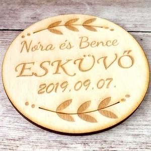 Esküvői poháralátét/köszönőajándék név és dátum gravírozással (floraldekor) - Meska.hu