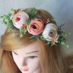 Virágkoszorú, fejdísz, Esküvő, Hajdísz, ruhadísz, Táska, Divat & Szépség, Hajbavaló, Ruha, divat, Virágkötés, A hamvas színű levendula szerű művirág végigfut a koszorúalapon a virágokat oldalt kell viselni. Béz..., Meska