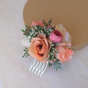 Virágos hajdísz, hajfésű alkalmakra , Esküvő, Hajdísz, ruhadísz, Táska, Divat & Szépség, Ruha, divat, Virágkötés, Nude narancs, krém és pink selyemvirágok harmónikus találkozása köszön vissza ebben a hajdíszben,  m..., Meska