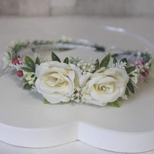 Minimal ekrü virágkoszorú , Esküvő, Hajdísz, ruhadísz, Táska, Divat & Szépség, Ruha, divat, Hajbavaló, Virágkötés, Levendulaszerű hamvas levelek futnak végig a virágkoszorún, ekrü selyemvirágok, rezgő apró művirágok..., Meska
