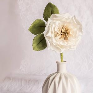 Cukorból rózsa, Esküvő, Esküvői dekoráció, Egyéb, Otthon & lakás, Szobrászat, Virágkötés,  Cukorvirág ~ David Austin rózsa\nT o r t a d e k o r á c i ó ~ A j á n d é k ~ L a k á s d e k o r \n..., Meska