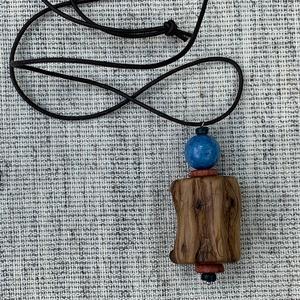 Boróka gally kék ásvány golyóval nyaklánc (fngy) - Meska.hu