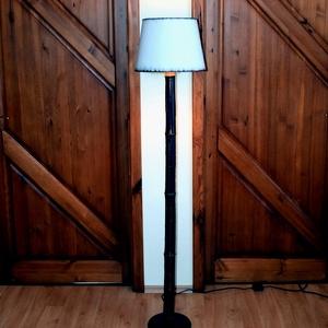 Állólámpa, ami igazán egyedülÁlló, Otthon & Lakás, Lámpa, Állólámpa, Famegmunkálás, Saját készítésű, nonfiguratív mintával festett lámpatest és búra. 2m kábellel, lábkapcsolóval, izzó ..., Meska