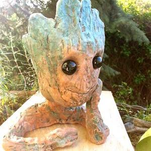 Baby Groot virágtartó/kaspó (Foenx) - Meska.hu