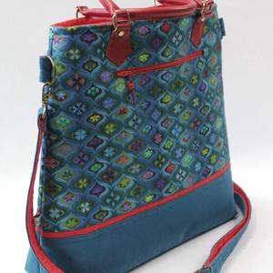 Pávakék boldogság-táska, Táska & Tok, Kézitáska & válltáska, A csoda szép textil,a nevében hordozza a boldogságot.Színesen türkiz mintáit egy leheletnyi pirossal..., Meska