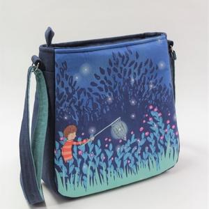 Álomkergető-játékos női táska, Táska & Tok, Kézitáska & válltáska, Vállon átvethető táska, Varrás, Kedves témájú textilből készítettem ezt a csinos női táskát. Nagylányoknak és vidám hölgyeknek egyar..., Meska