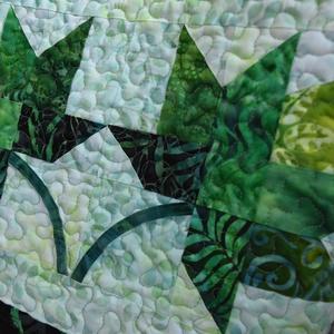Juharleveles táska, Táska, Divat & Szépség, Táska, Patchwork, foltvarrás, Varrás, Élénk zöld batik anyagokból készült, jó tartású patchwork táska (méret: 38cmx37cm, mélység: 12cm, vá..., Meska