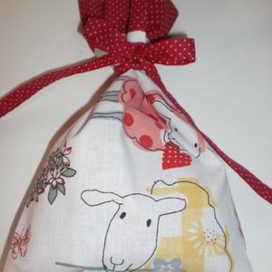 Báránykás...Pamutvászon ajándékcsomagoló zsák, Táska, Táska, Divat & Szépség, Dekoráció, Otthon & lakás, Ünnepi dekoráció, Gyerek & játék, Varrás,  Ugye te is környezettudatosan gondolkodsz?\nKétrétegű textil ajándékcsomagoló zsák, de tarthatsz ben..., Meska