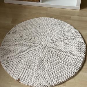 Kerek, horgolt szőnyeg ekrü színben (fonalkod) - Meska.hu