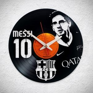 Messi FC Barcelona - Bakelit falióra, Otthon & Lakás, Dekoráció, Falióra & óra, Újrahasznosított alapanyagból készült termékek, A Fonografik bakelitóra nem csak neked fog tetszeni! :)\n\nINGYEN POSTA! A sajnálatos helyzetre való t..., Meska