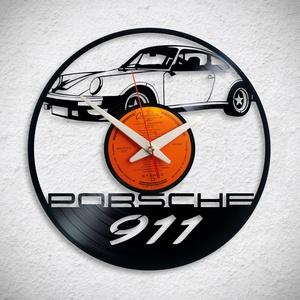 Porsche 911 - Bakelit falióra, Otthon & Lakás, Dekoráció, Falióra & óra, Újrahasznosított alapanyagból készült termékek, A Fonografik bakelitóra nem csak neked fog tetszeni! :)\n\nMinden faliórát csendes, minőségi óraszerke..., Meska